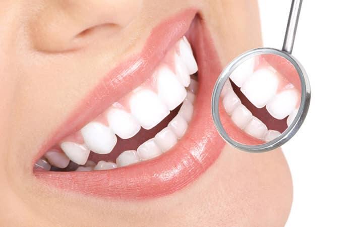 odontologia-estética-sorriso-ipanema-dentista-guilherme-rothier-700